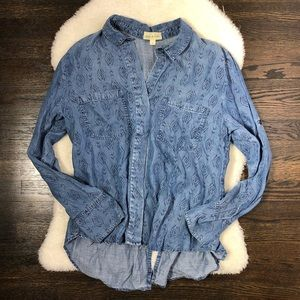 Anthro Cloth & Stone Blue Chambray Southwest Top